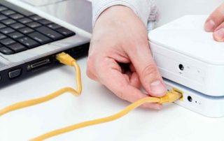 Kiểm tra đầu kết nối dây LAN của thiết bị modem và máy tính