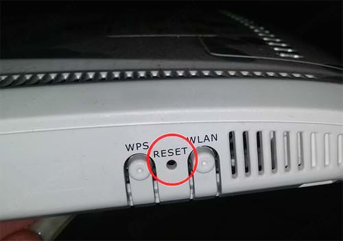 reset modem wifi fpt