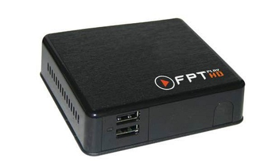 Bề mặt của FPT Play HD được thiết kế sần và có cổng USB phía trước